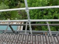 屋根から見下ろす