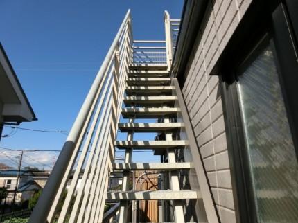 階段の修復