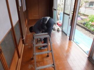 DAIKEN タフアートえんこうエコ 檜柾目柄 施工前