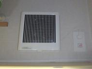三菱 角形格子グリル サイレントウェーブレットファン V-12PS7 施工後