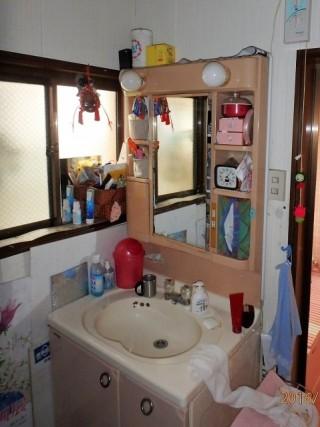 クリナップ 洗面化粧台 ファンシオ 施工前