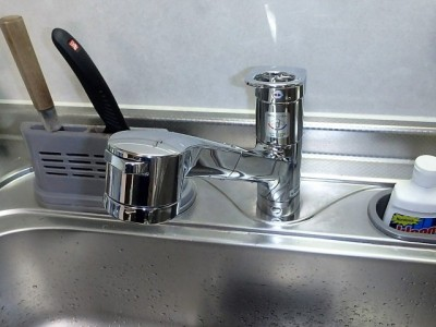 シングル混合キッチン水栓 TOTO TKGG32EB 施工後