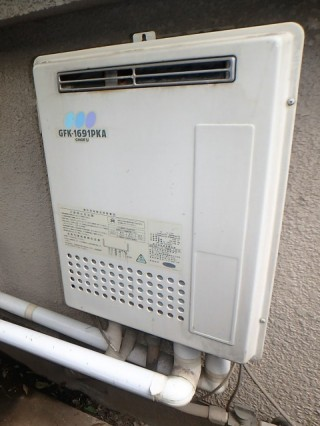 ノーリツ ガス給湯器 HCT-C2052SAWX-2 施工前