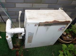 床置きタイプガス給湯器 ノーリツ GT-C2052ARX-2BL13A 施工前