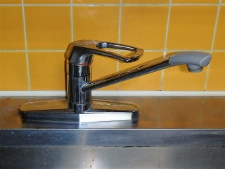 TOTO キッチン用水栓 TKGG39E 施工前