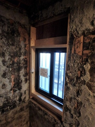 換気がしやすい引違の窓へ  施工後
