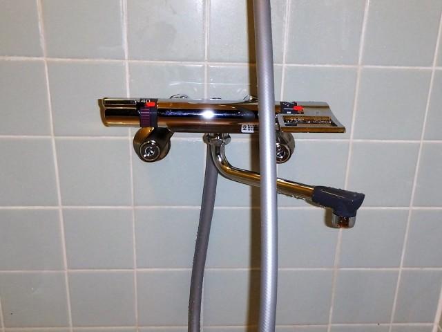 三栄水栓製作所 浴室用サーモシャワー混合栓 SK1812DC  施工後