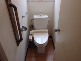 TOTO トイレ交換 ピュアレストQR
