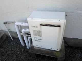 ノーリツ 置型ガス給湯器 GT-C2452SARX-2BL-LPG3 施工前