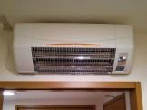 脱衣室暖房空調工事 高須産業 SDG-1200GS 施工後