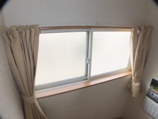 クレセント引き違い窓施工前