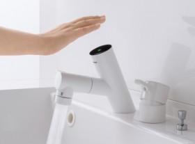 手をかざせば水が出るタッチ水洗